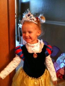ella snow white